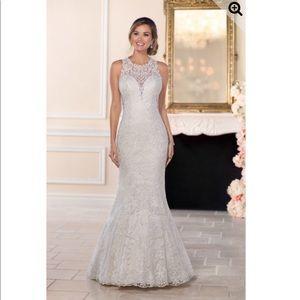 High-neck Wedding Gown